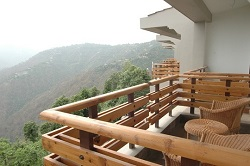 Kanatal Resort and Spa View