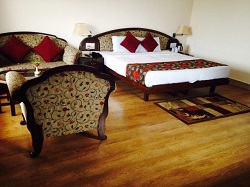 Krishna Orchard Resort Mukteshwar Hotel Room